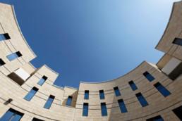 touton architectes - cursol - cour circulaire - programme mixte - bureaux - logements