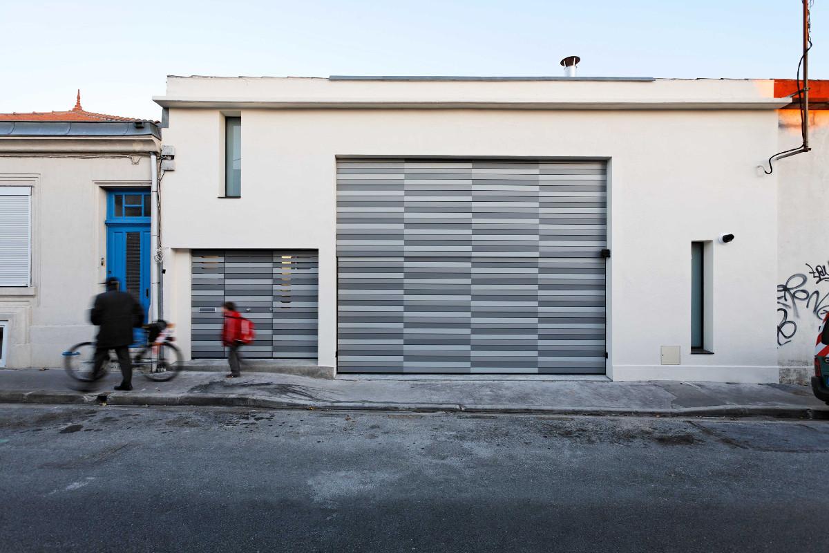 touton architectes - Danton - maison - façade - façade sur rue - à peine remaniée - ancien atelier