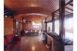 touton architectes - Villa Lagune - bois - séjour - bois - cheminée béton