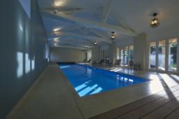 touton architectes - Milord - rénovation - piscine intérieure - charpente bois