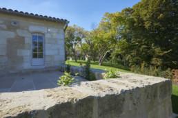 touton architectes - Milord - rénovation - terrasse - muret pierre