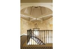 touton architectes - Petit Verdus - patrimoine - restauration château - palier escalier