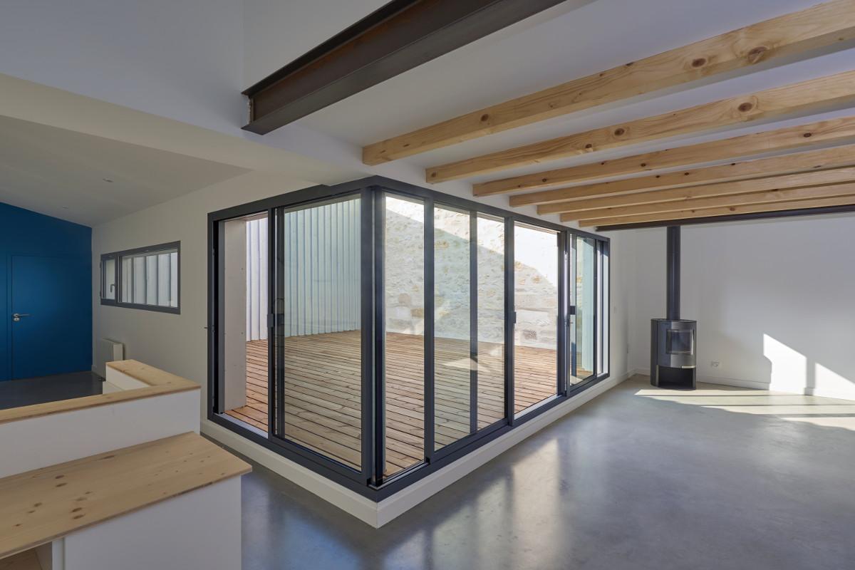 touton architectes - chartrons - logement collectif - petit duplex - séjour cuisine sur angle
