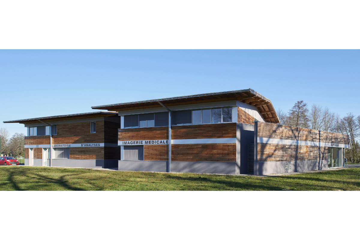 touton architectes - castelnau - maison médicale - façade sur l'angle